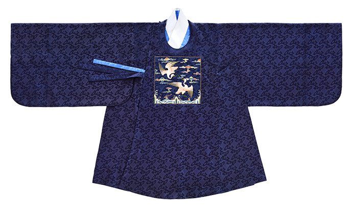 The Costume, the Pattern of Joseon Dynasty: Government Officials' Uniform, Black Dallyeong